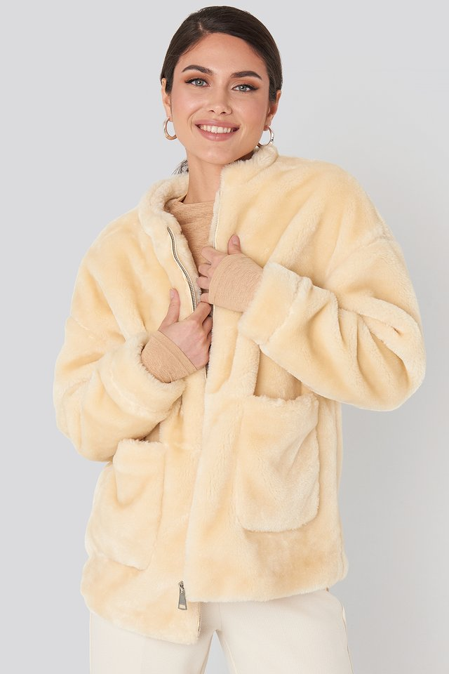 Offwhite Short Front Pocket Faux Fur Jacket