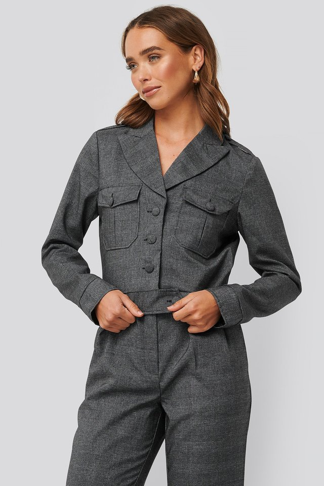 Short Plaid Buttoned Jacket Dark Grey Check