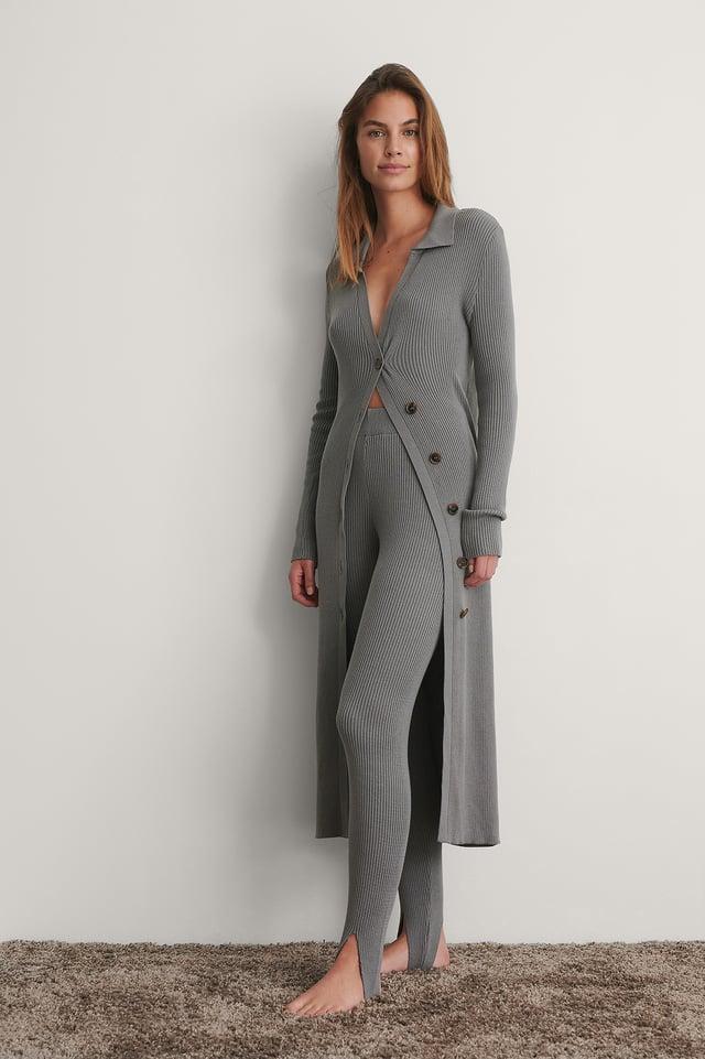 Grey Tricot Long Boutonné Sur Le Côté