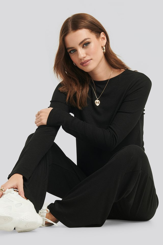 Soft Ribbed Roundneck Long Sleeve Black