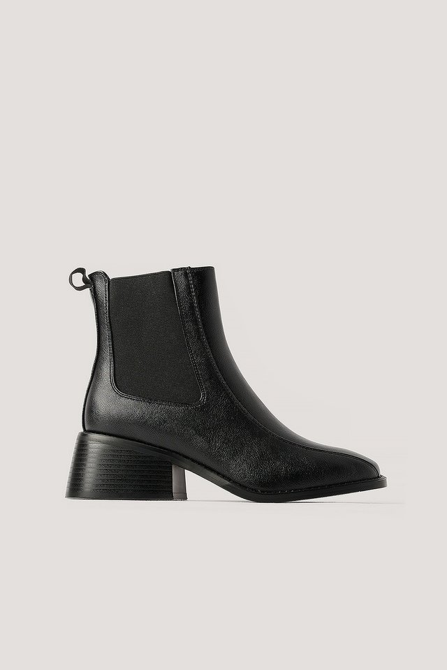 Bottines Chelsea À Bout Carré Black