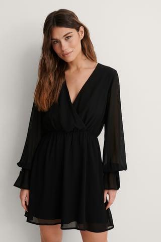 Black Robe Mini