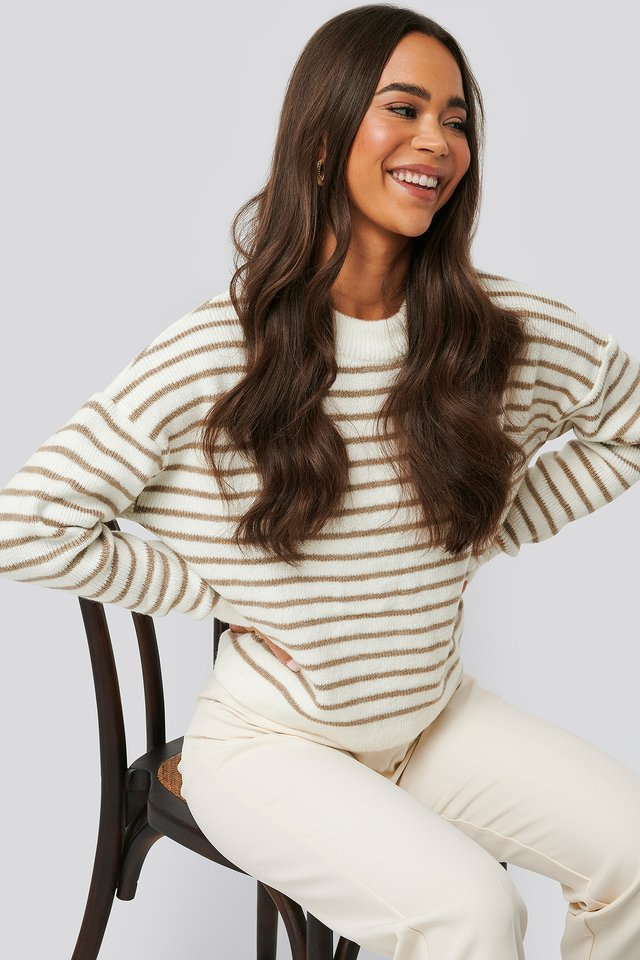 Striped Round Neck Knitted Sweater Beige/White