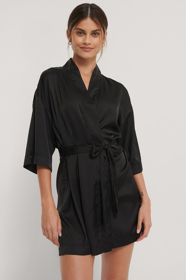 Caftan En Satin Black