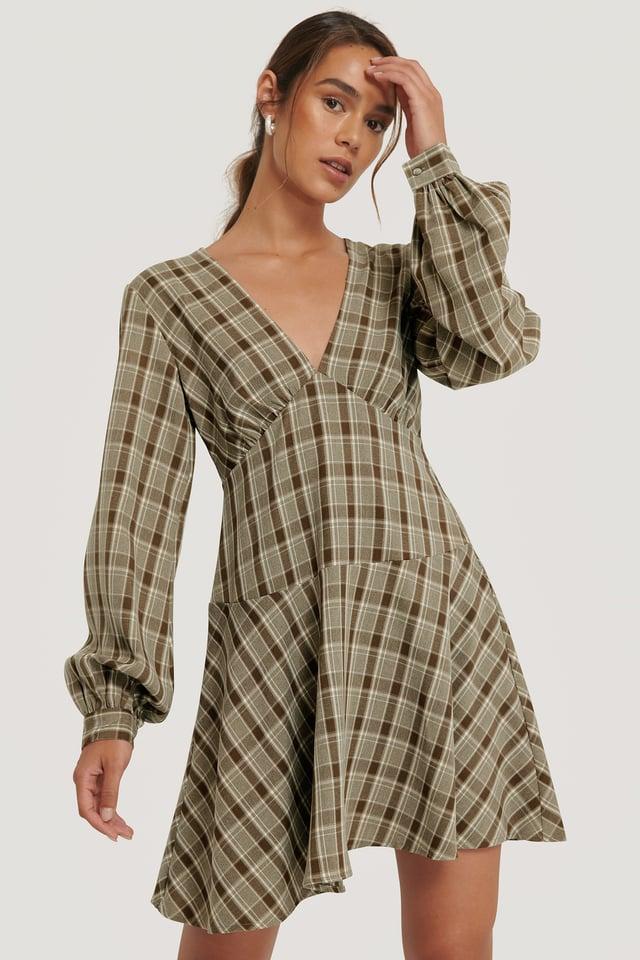 Checkered V-Neck Balloon Sleeve Dress