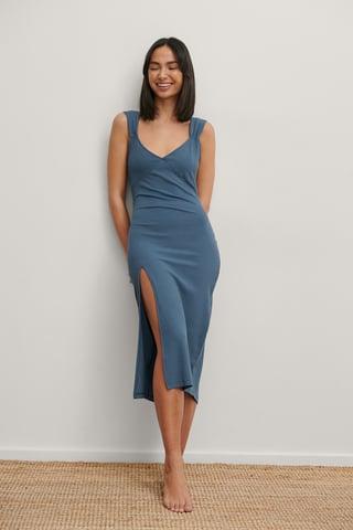 Blue Robe Mi-Longue En V