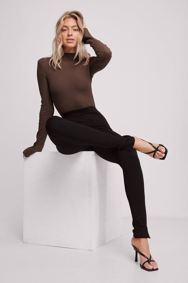 Black Pantalon Fendu Sur Le Côté