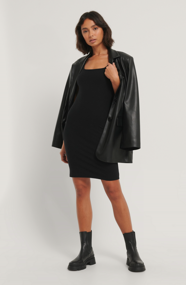 Black Mini Robe Côtelée