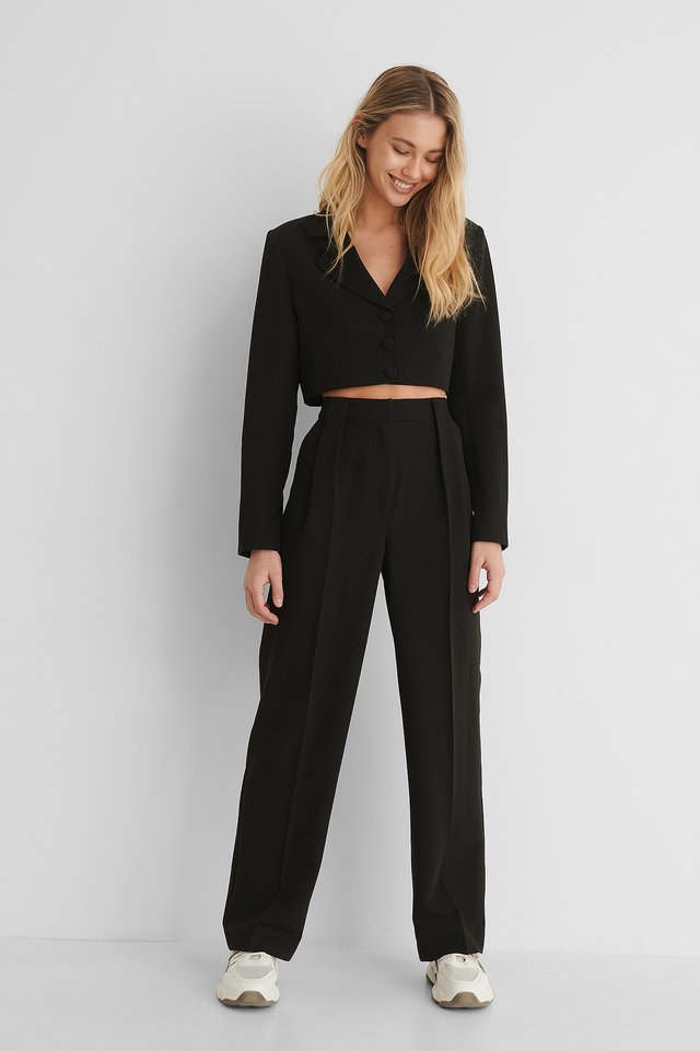 Pleat Detail Straight Suit Pants with Marked Shoulders Cropped Blazer.