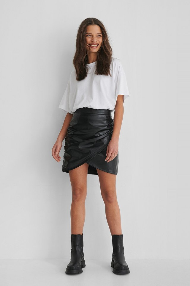 3/4 Sleeve Oversize T-shirt Outfit.