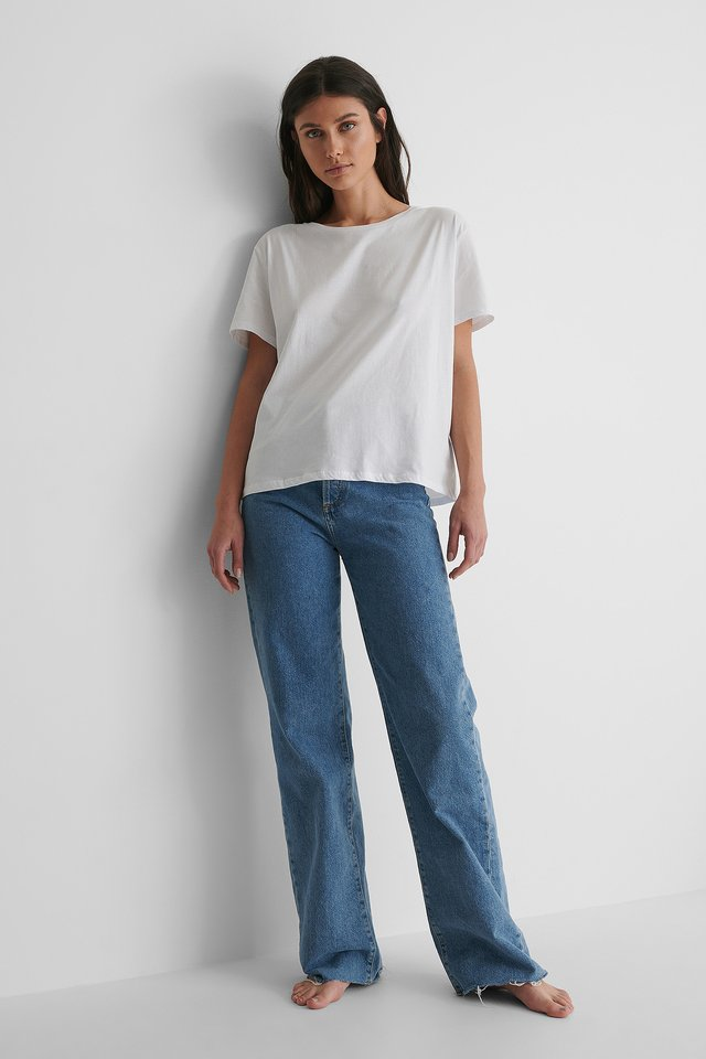 Basic Oversized Tee with Blue Jeans.