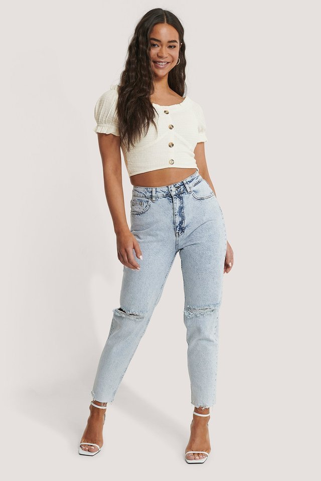 High Waist Ripped Knee Jeans Outfit.