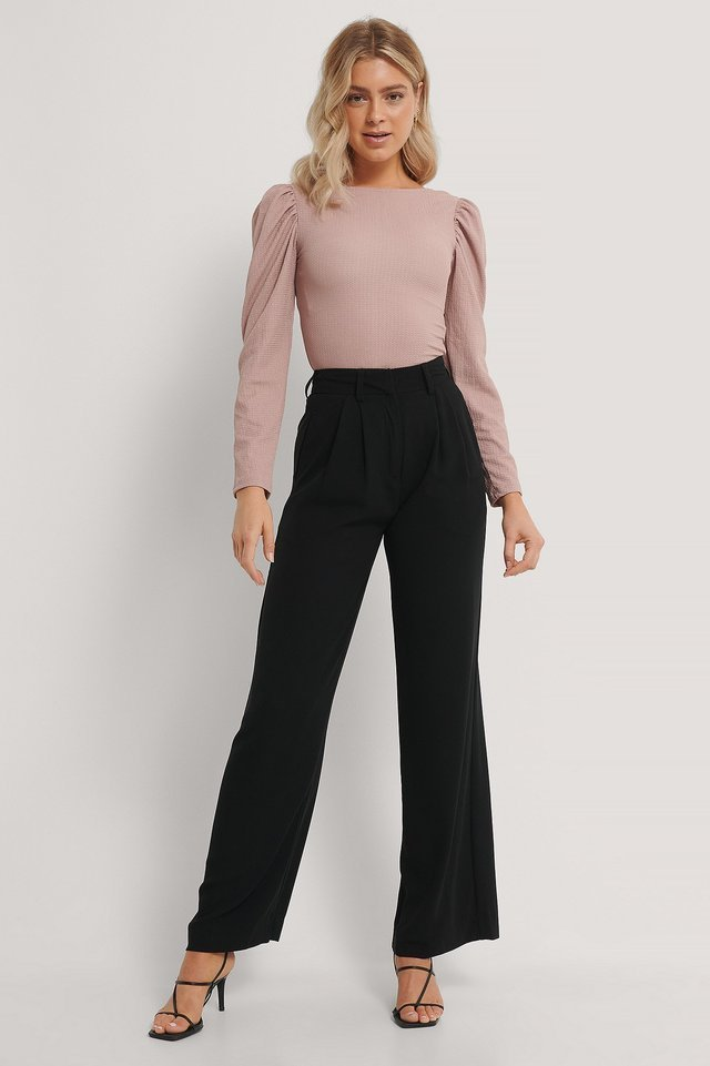 Puff Sleeved Deep Back Top Outfit.