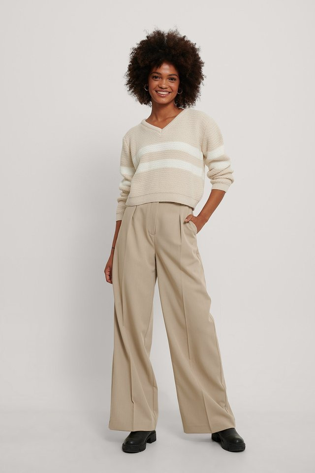 Stripe Detail V-neck Knitted Sweater Outfit.
