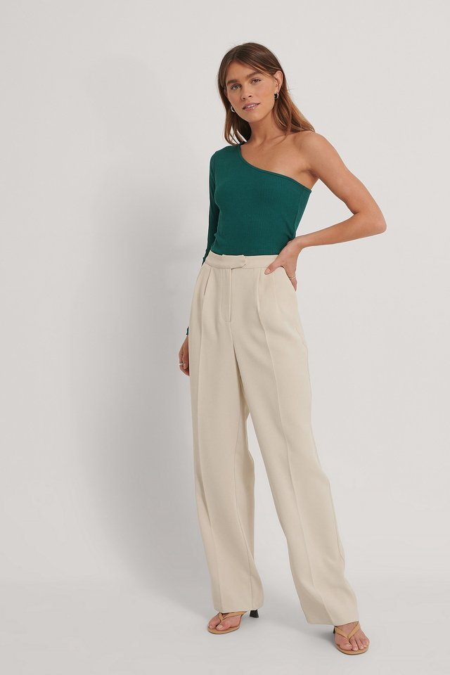 One Shoulder Rib Top Outfit.