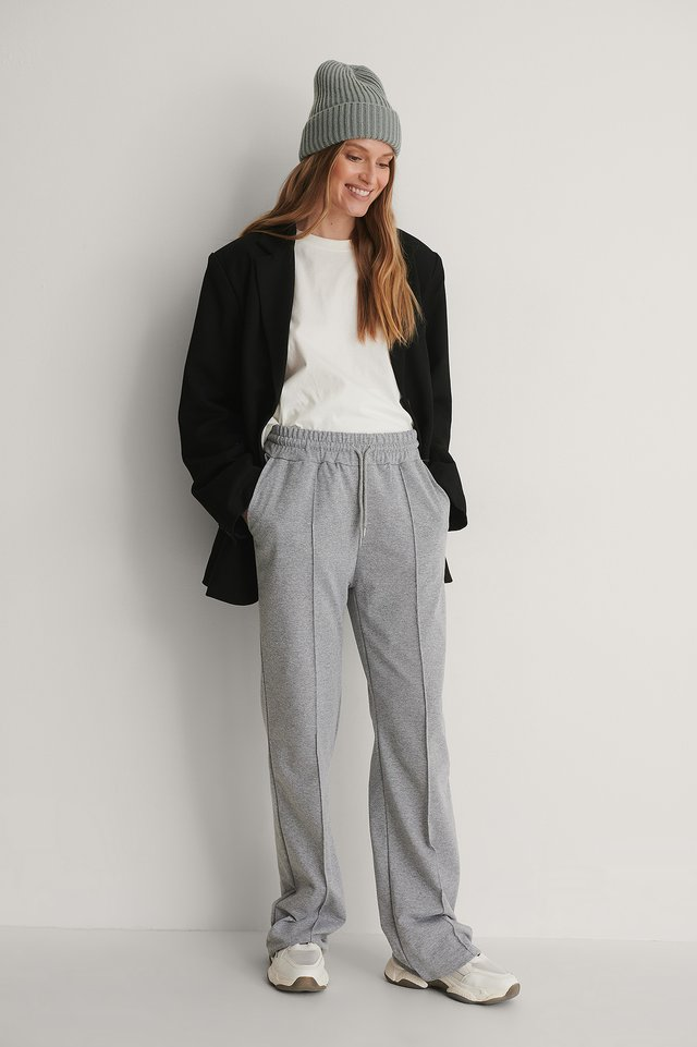 Straight Sweatpants Outfit.