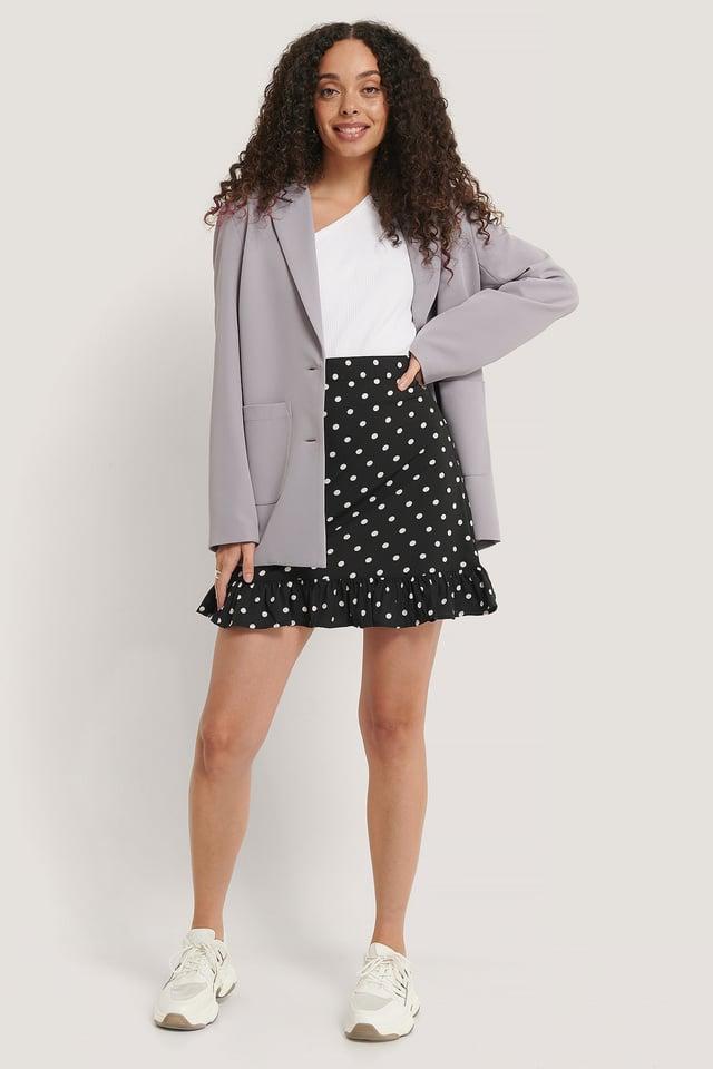 Mini Flounce Skirt Outfit.