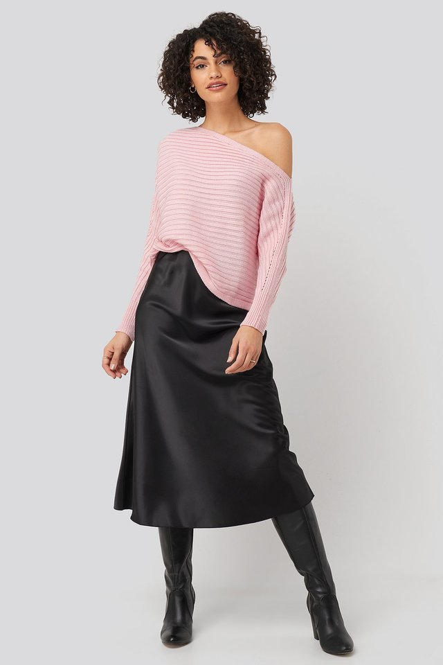 Boat Neck Knitted Sweater Outfit.