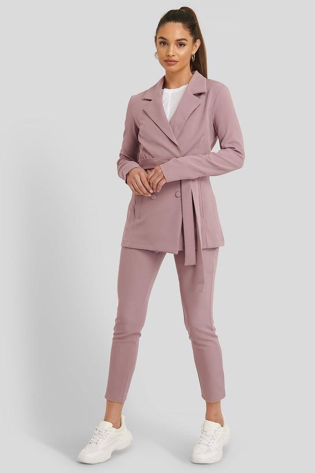 Binding Detailed Blazer Jacket Outfit.