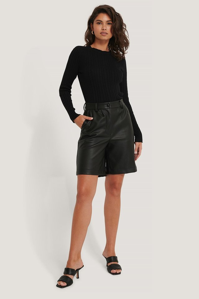 Uneven Rib Long Sleeve Top Outfit.