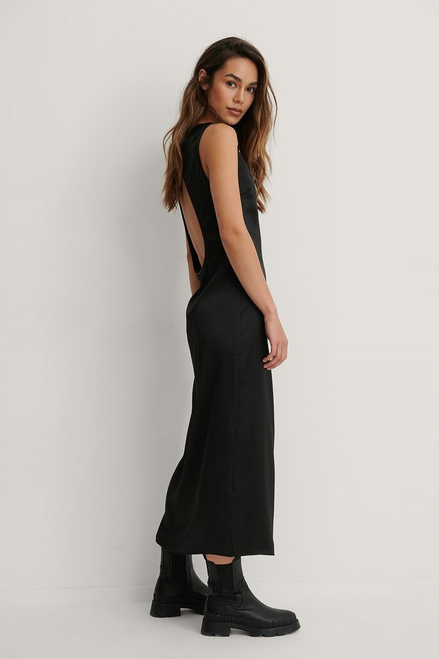 Open Back Midi Dress Outfit.
