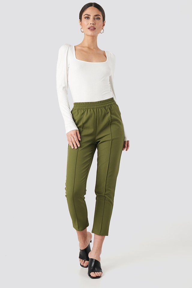 Puff Sleeve Ribbed LS Top Outfit.