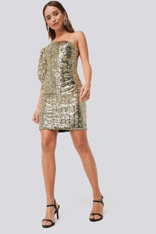 One Shoulder Puff Sleeve Sequin Dress Outfit.