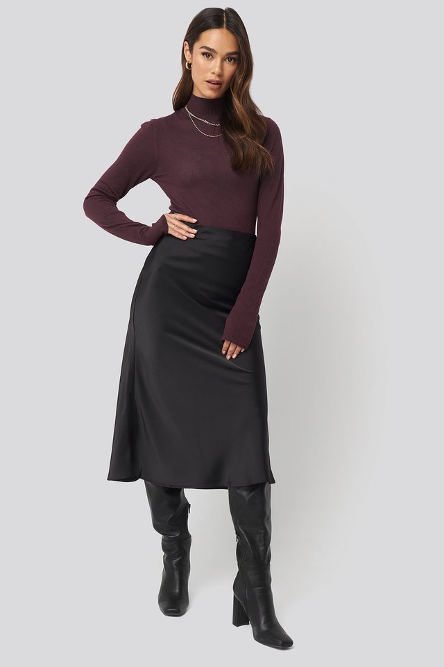 High Neck Light Knit Sweater Outfit.