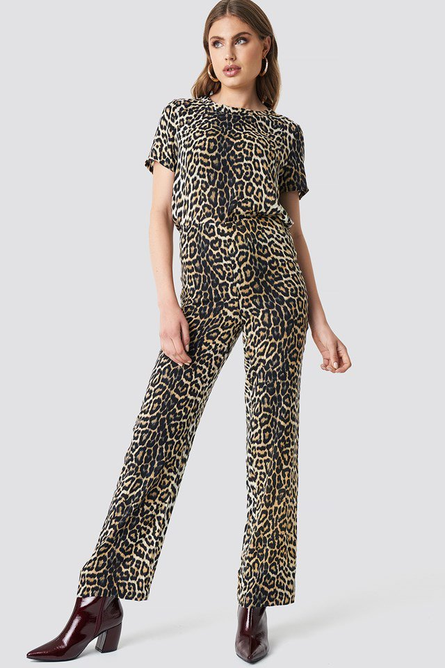 Chic Leopard Outfit