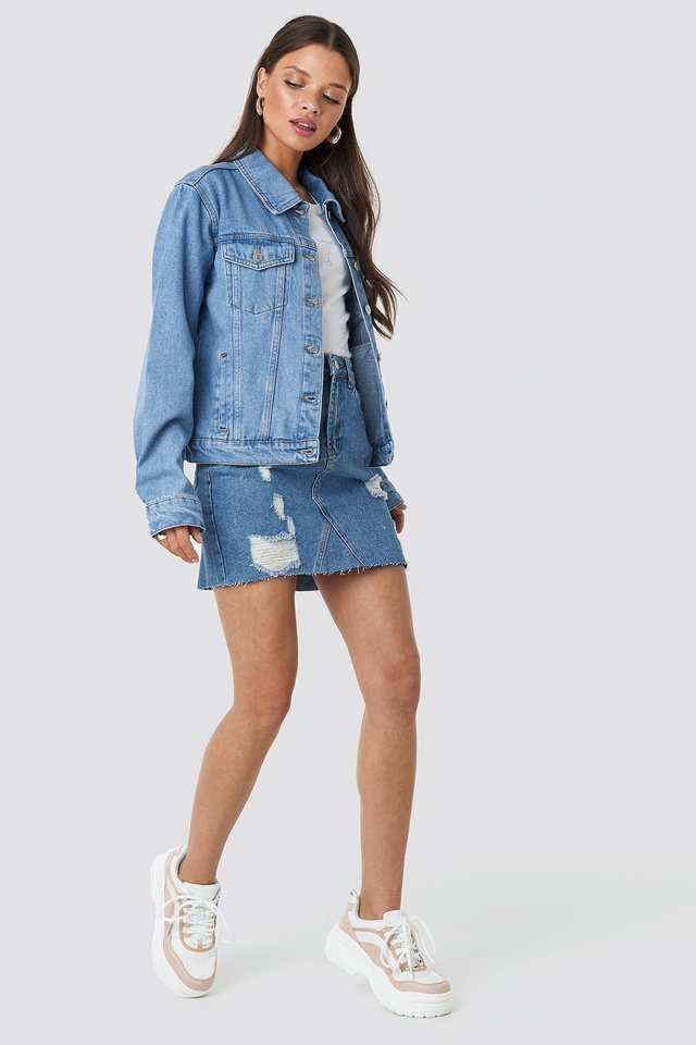 Regular Fit Denim Jacket Blue Outfit.