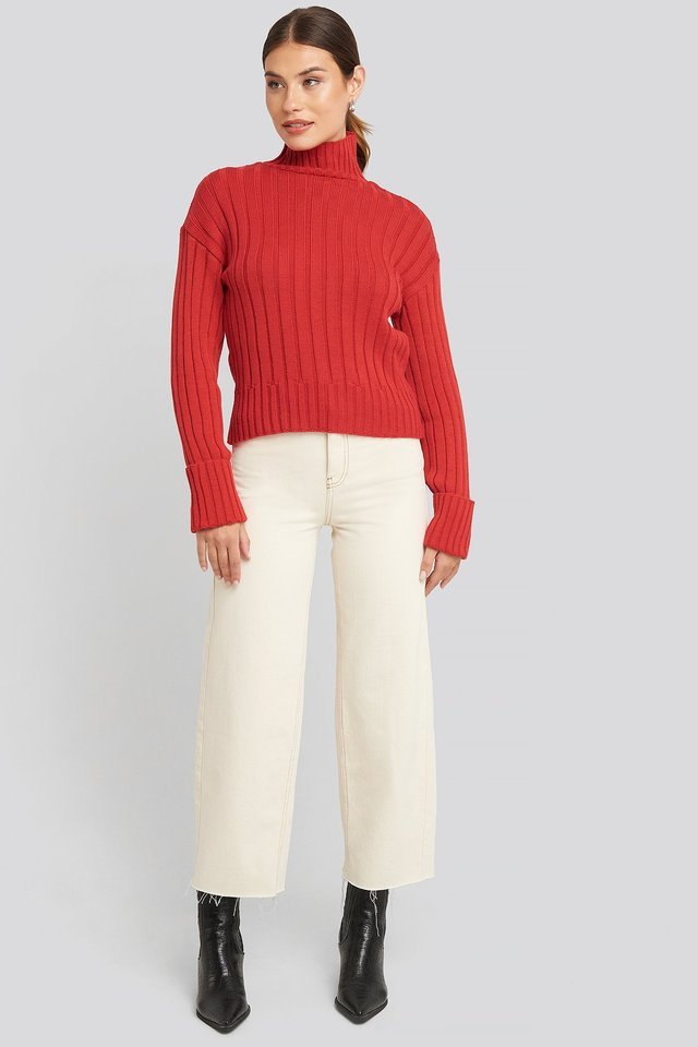 Merino Wool Blend Ribbed Sweatshirt Outfit.