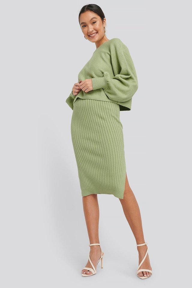 Rib Knitted Skirt Outfit.
