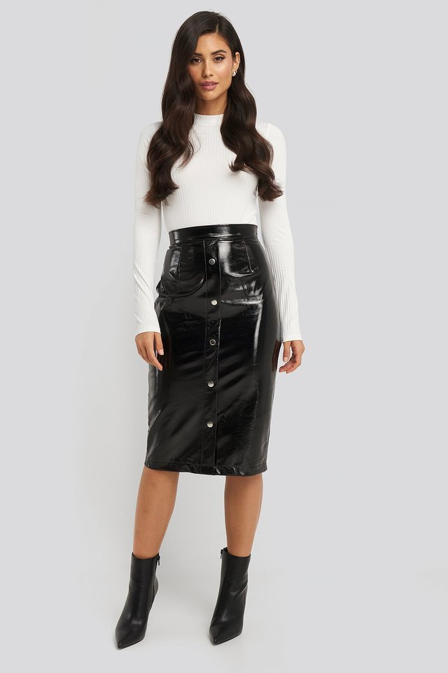 Mid Length Button Up Pu Skirt Outfit.