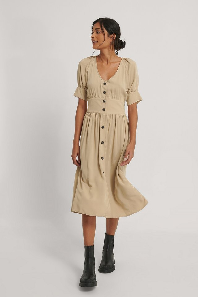 Tie Waist Buttoned Midi Dress Outfit.