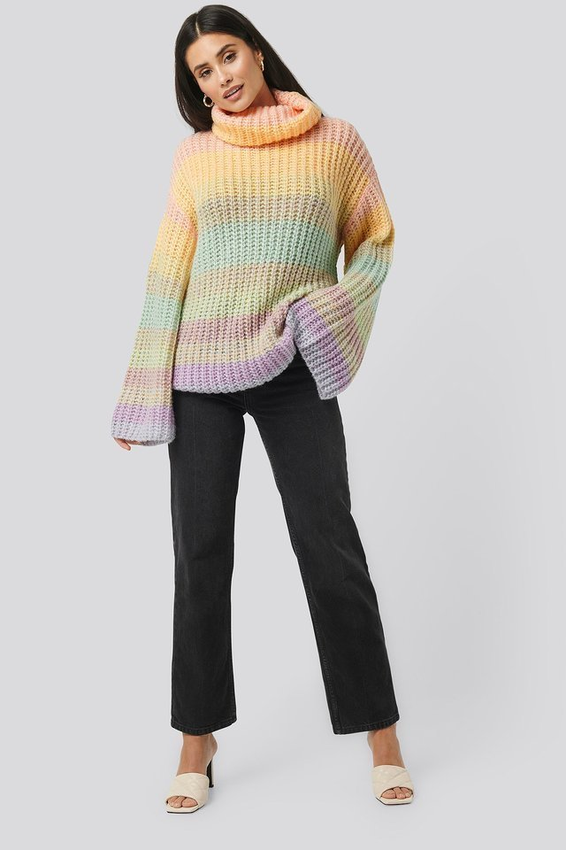 Wide Sleeve Cable Knitted Sweater Outfit.