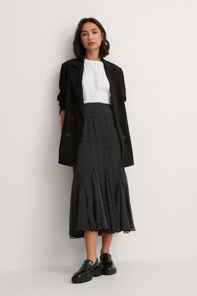 Flowy Midi Skirt Outfit.