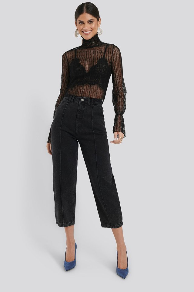 Cropped Slouchy Jeans Black Outfit.