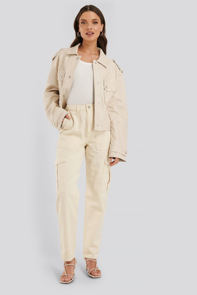 Mid Rise Pocket Denim Beige Outfit.
