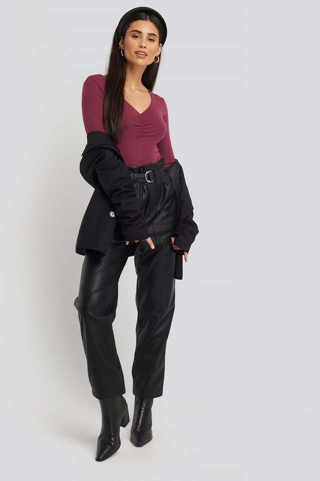 V-neck Ruched Ribbed Body Outfit.