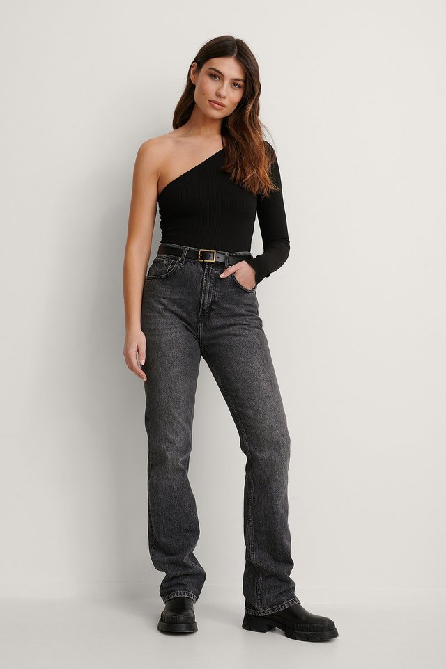 One Shoulder Babylock Ribbed Top Outfit.