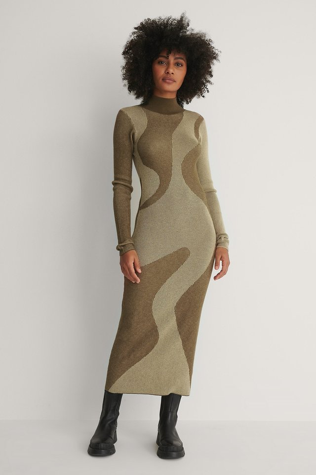 Open Back Pattern Knitted Dress Outfit.