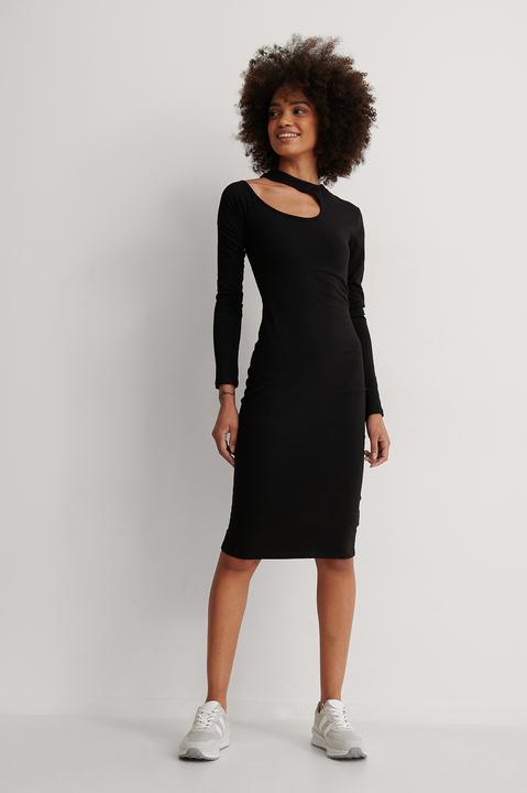 Cut Out Shoulder Detail Dress Outfit.