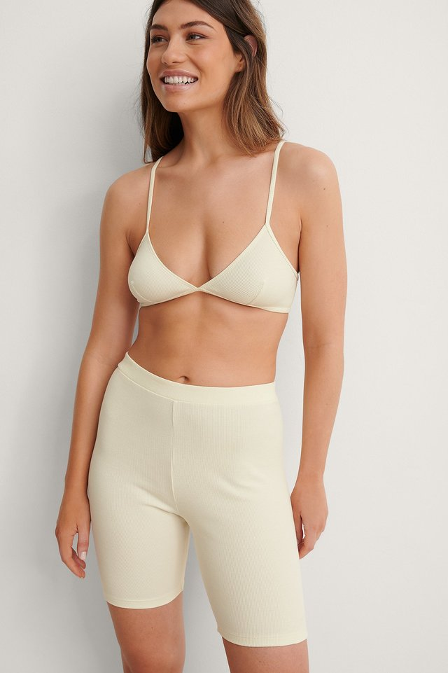 Cup Shape Ribbed Wide Top