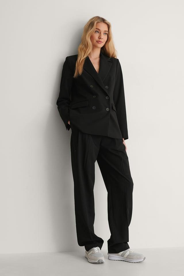 Greta Blazer Outfit.