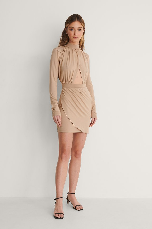 Cut Out Draped Jersey Dress Outfit.