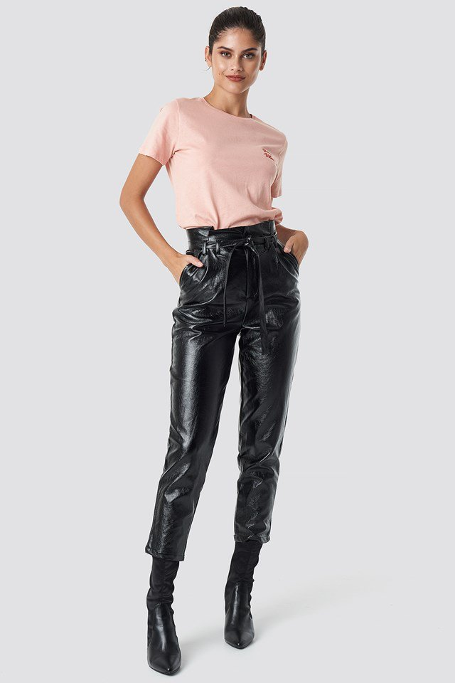 Statement Tee with Paperwaist Pants.