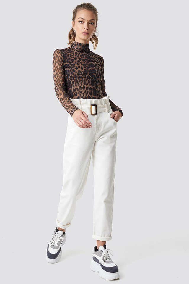 White baggy Jeans Outfit