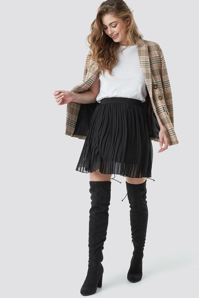 Pleated Mini Skirt Outfit