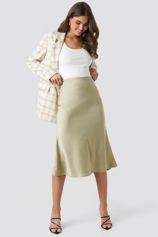 Satin Skirt Green Outfit