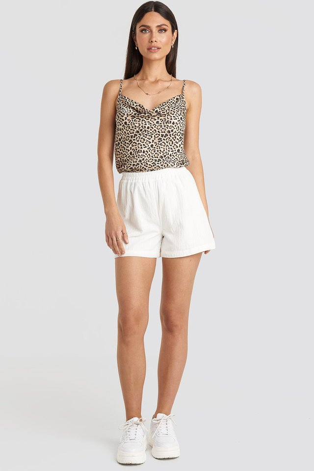 Linen Look Shorts White Outfit